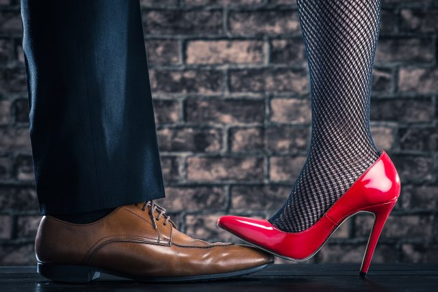 愛・物・事象Red high heels