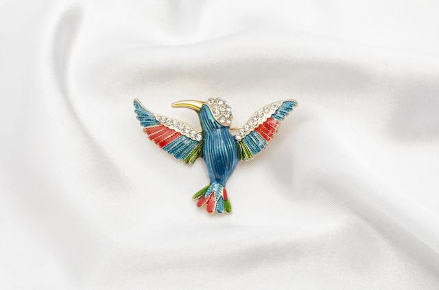 青い鳥のブローチ