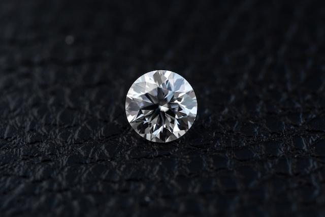 Diamond round shape