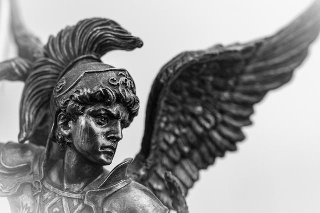 大天使ウリエル
