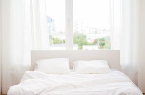 白 ベッドシーツ