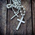 十字架(クロス)の意味や十字架アクセサリー等の効果を徹底解説