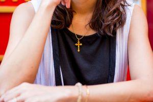 十字架 アクセサリー 女性