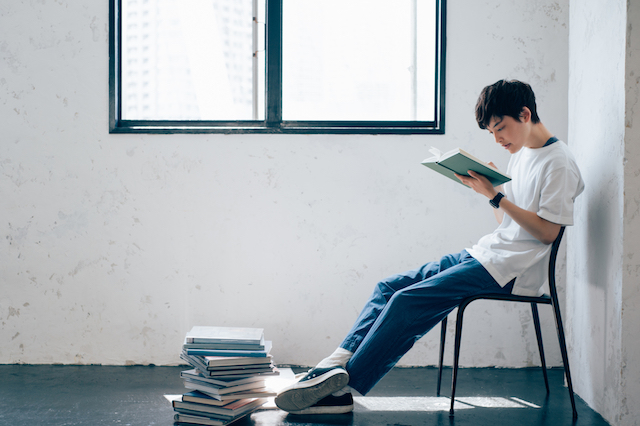 男性 読書