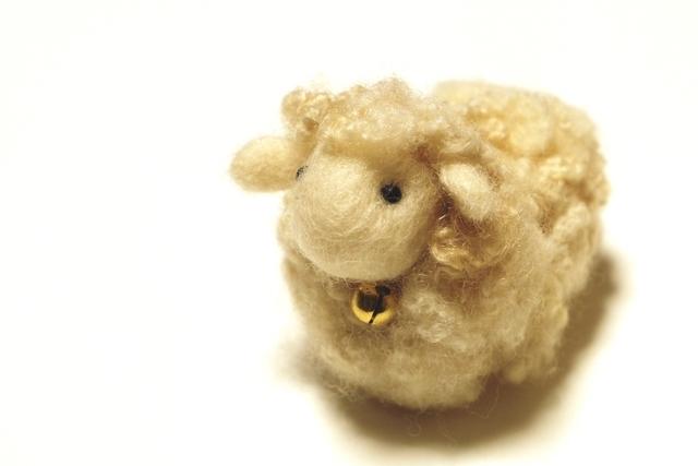 羊 ぬいぐるみ