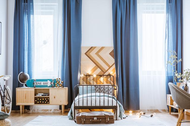 青のカーテン
