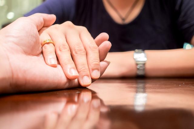 小指の指輪