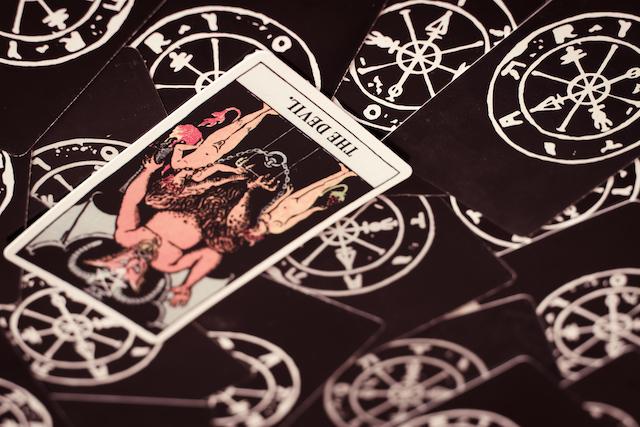 悪魔のカード逆位置