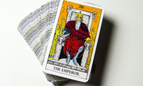 皇帝カード正位置