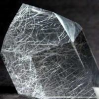 シルバールチルクォーツ1rutilated-quartz-crystal