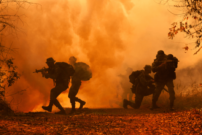 戦争2-min
